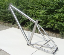 GR9 Titanium road bike frame